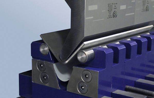How adjustable V dies streamline plate bending
